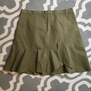 Madewell safari green ruffle skirt SZ 0